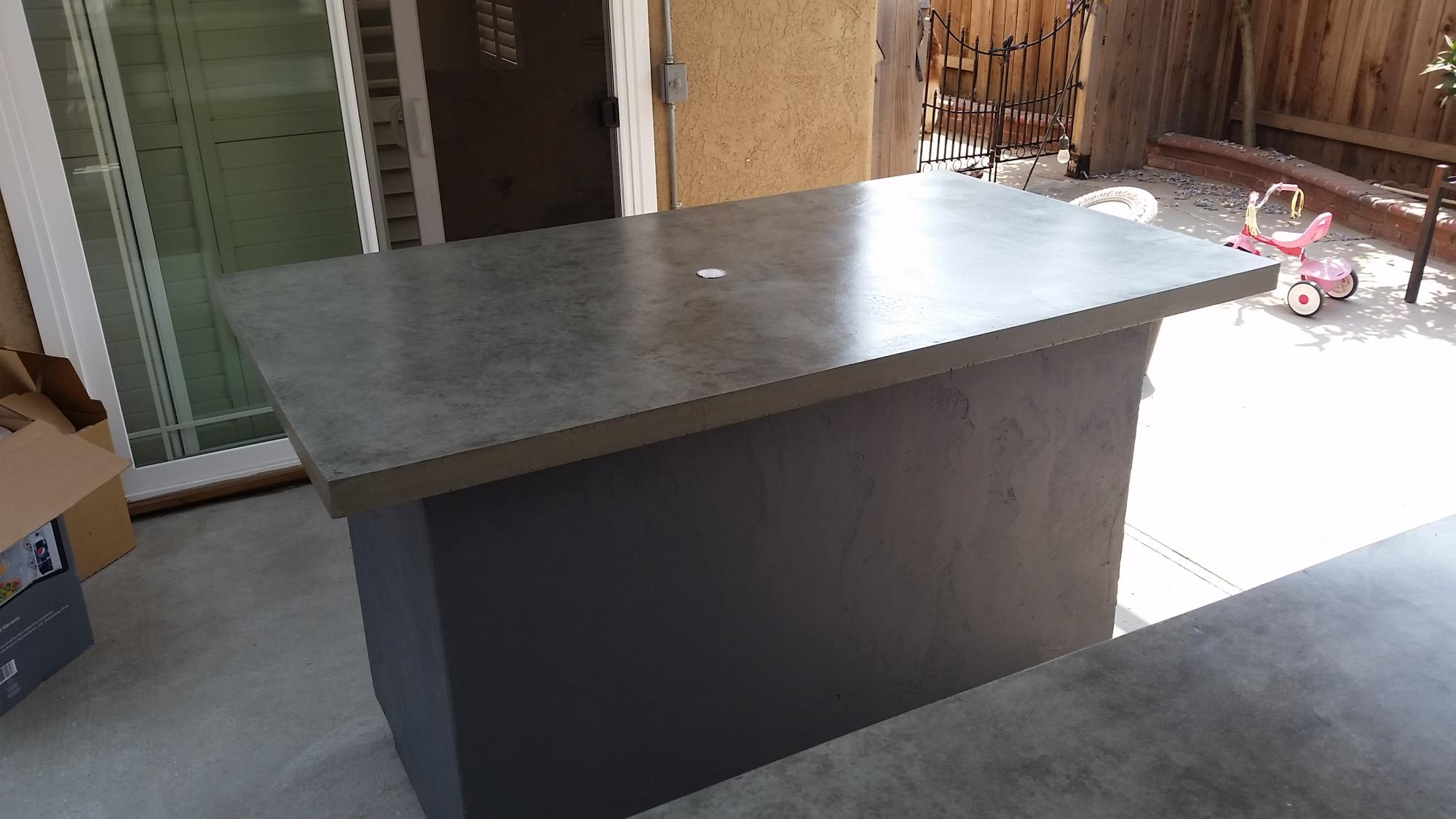 FLOATING CONCRETE BAR/TABLE TOP